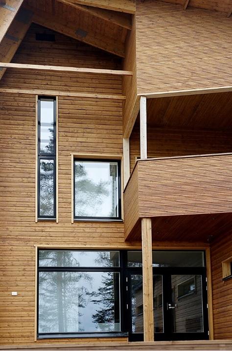 Kauttamme myös ikkunat asennettuna. Pyydä tarjousta oviremontin yhteydessä myös ikkunoiden uusimiselle.