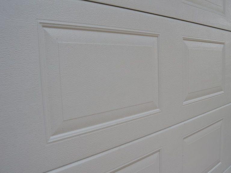 Nosto-oven lamellimalli - Peilikuvio puunsyypinnalla