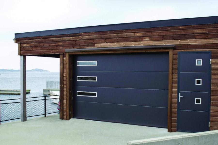 Autotallin nosto-ovi design-ikkunoilla - Yhtenäinen